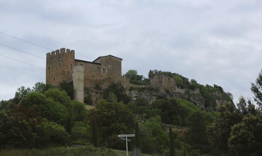 Editorial: Visitant Castellbell i el Vilar