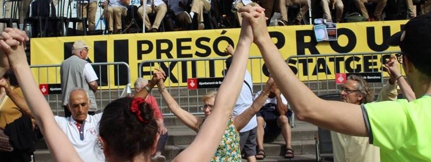 Èxit a l'Aplec Groc, a la Plaça Catedral (Barcelona)