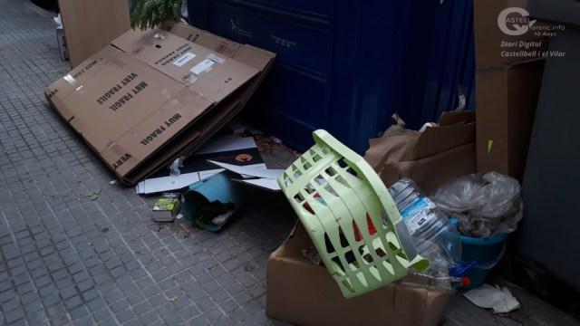 Incivisme Contenidors Joaquim Borràs_4