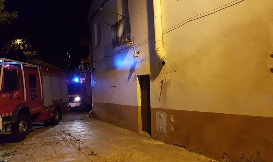 Cau un fals sotre d'un habitatge a Castellbell i el Vilar