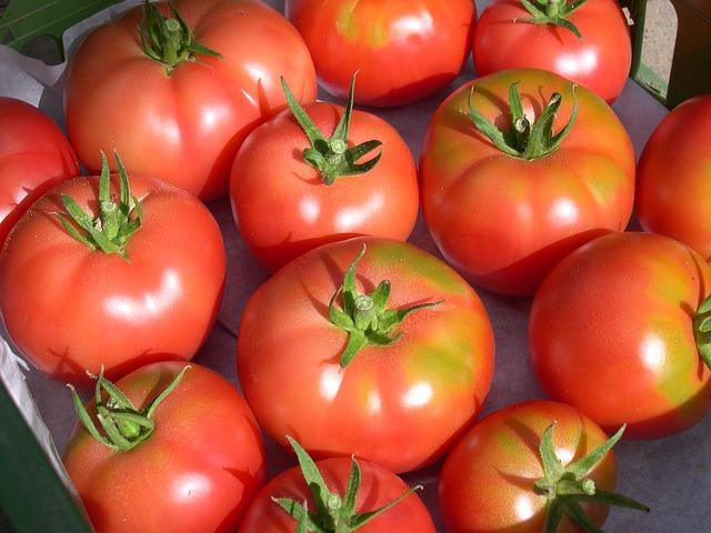 Furt a les tomaqueres.
