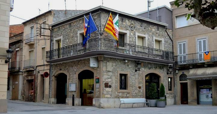 Detinguts per organitzar casaments falsos a Sant Vicenç de Castellet