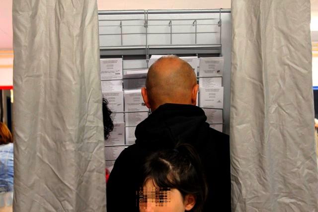 2.896 electors cridats a les urnes