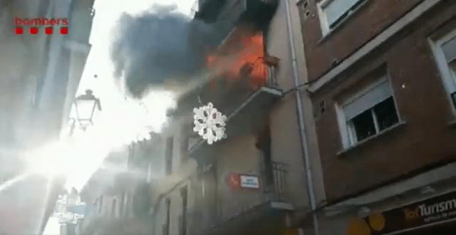 Important Incendi a un habitatge a Sallent