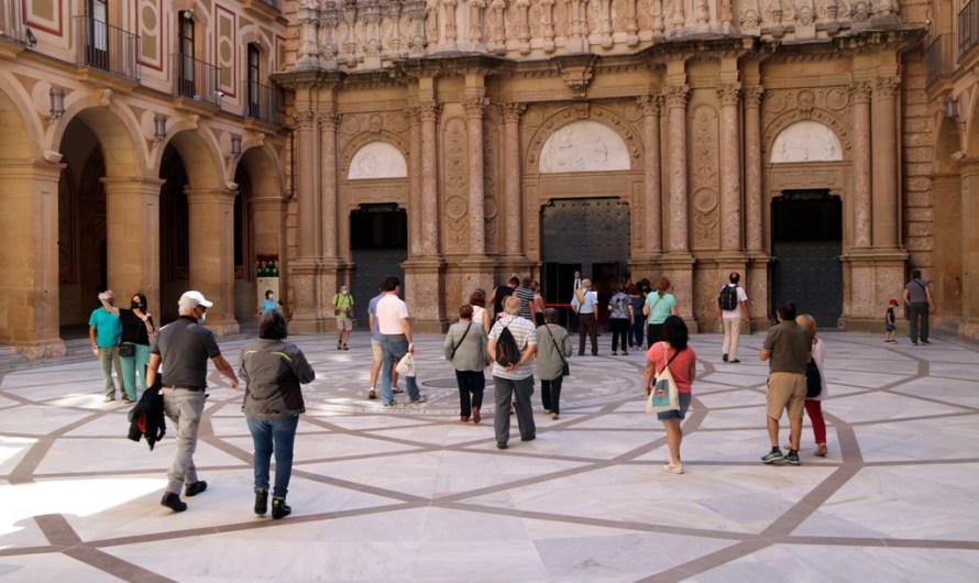 Montserrat reobre portes de forma progressiva i amb la previsió d'una caiguda de visitants del 50%