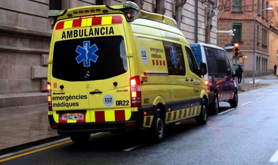 Mor un vianant a Manresa després que un turisme el fes caure a terra mentre maniobrava