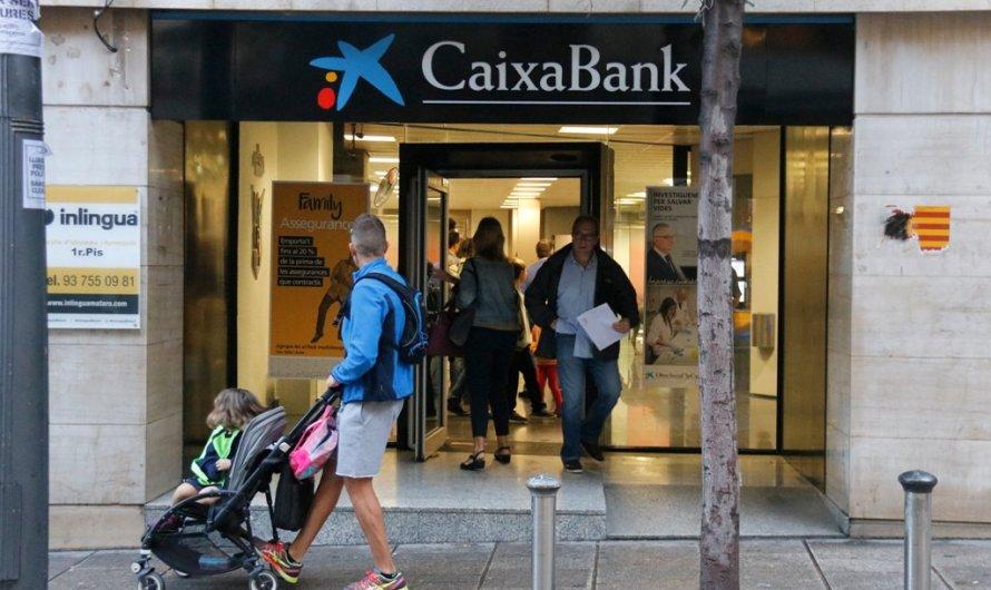 """Caixabank i Bankia confirmen que estan en negociacions per """"analitzar una fusió"""""""