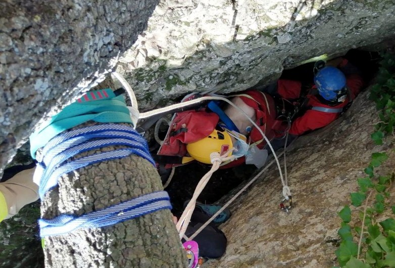 Rescaten un espeleòleg a Montserrat