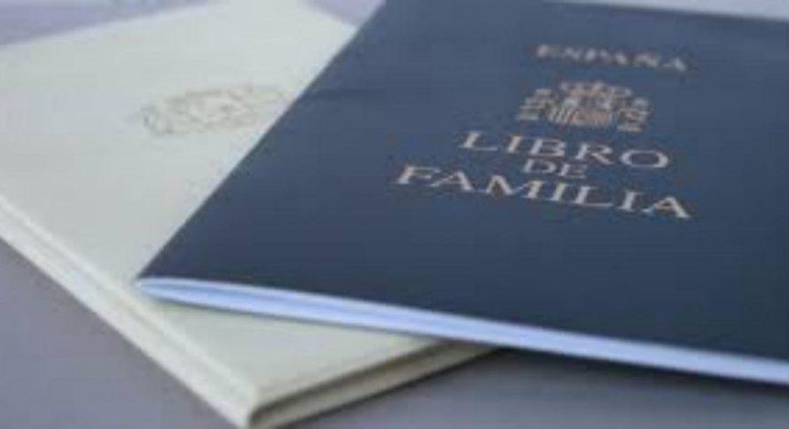 El llibre de família físic diu adeu