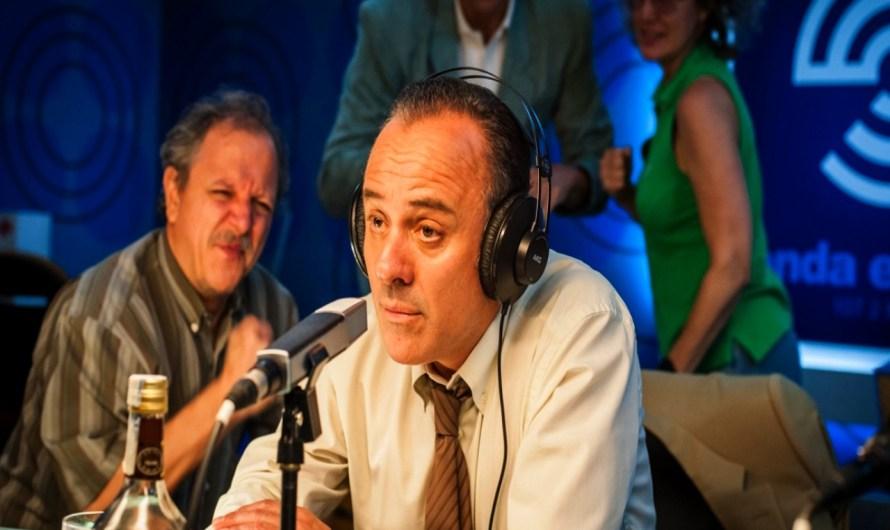 Crispetes i Acció: Duel de titans a la ràdio.