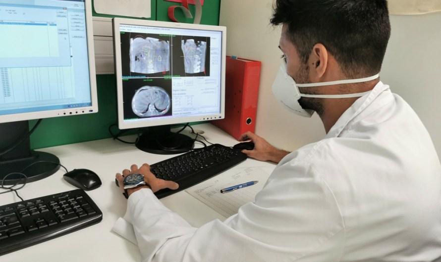 El Servei d'Oncologia Radioteràpica de Manresa ha atès més de 2.500 pacients en els primers cinc anys d'activitat