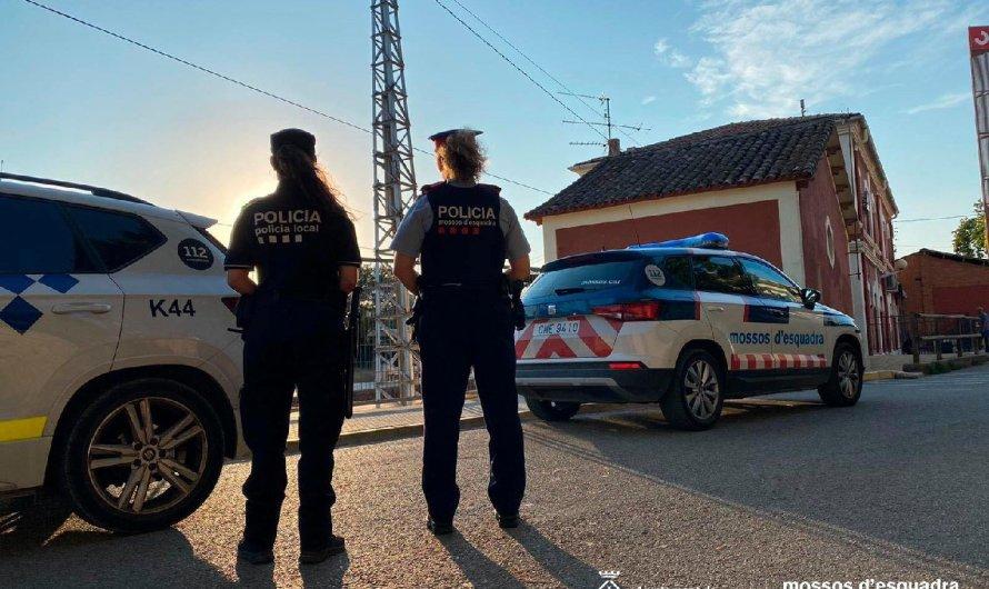 Dispositiu conjunt de Mossos d'Esquadra i Policia Local a Sant Vicenç de Castellet