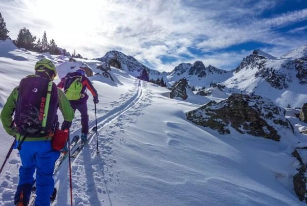 Casteret guías de montaña - esquí de travesía