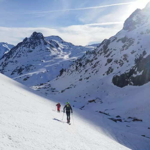 Espelunciecha y Glera con esquís y raquetas