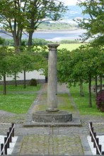 Lauriston Castle July pillar