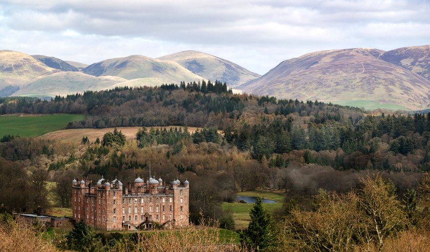 Scenic shot of drumlanrig castle