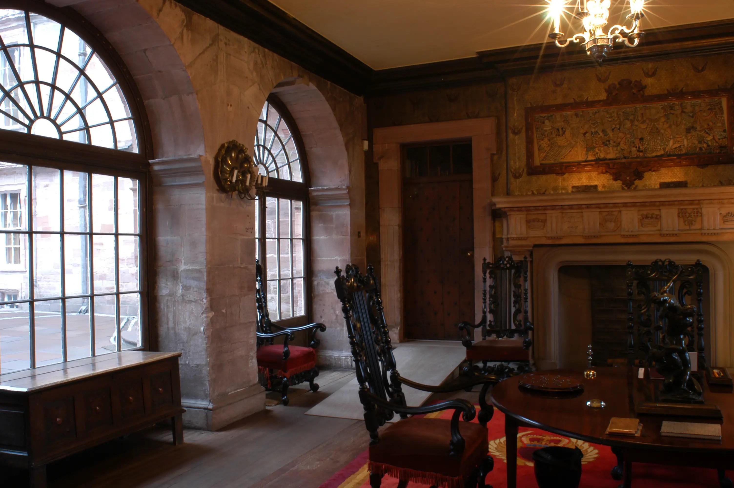 inside drumlanrig castle