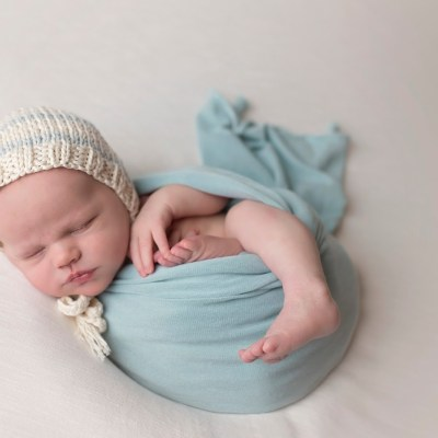 Newborn Pictures with Amanda Nicole Photography