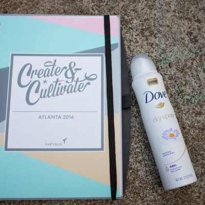 What to Bring to a Blogging Conference // Create + Cultivate Recap