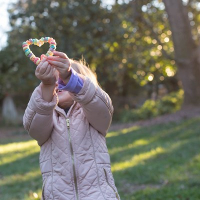 Crafts for Kids: Cereal Heart Bird Feeders
