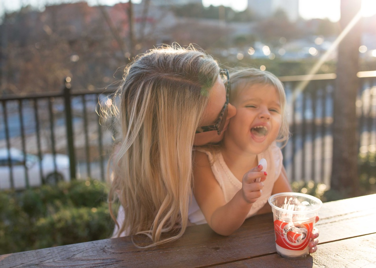 5 De-Stressing Activities for Moms by Casual Claire