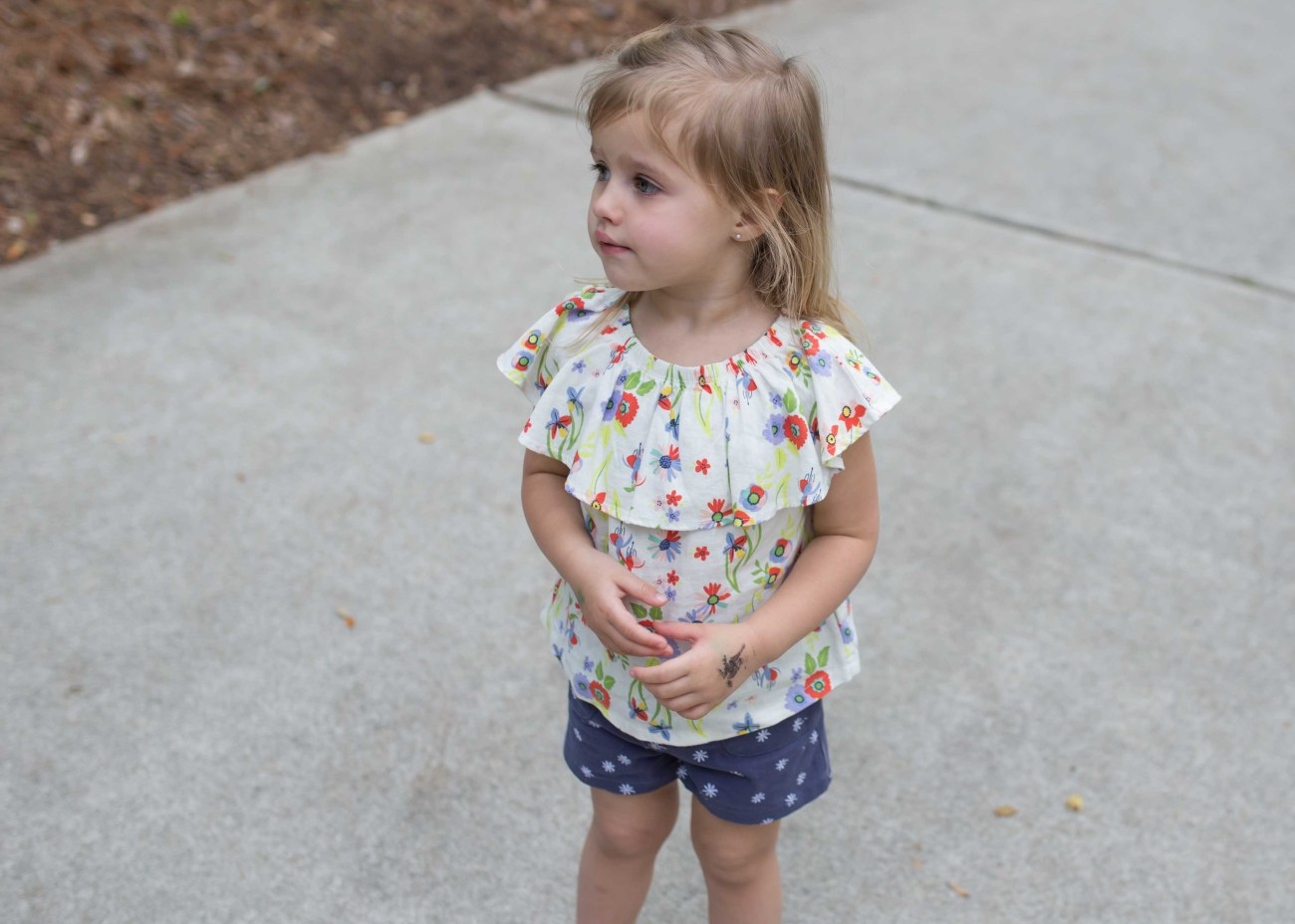 Cute toddler summer outfi