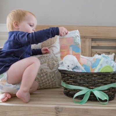 Making a Gender Neutral Baby Gift Basket