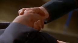 Dinah Lance-Crucial Hand Grasp!