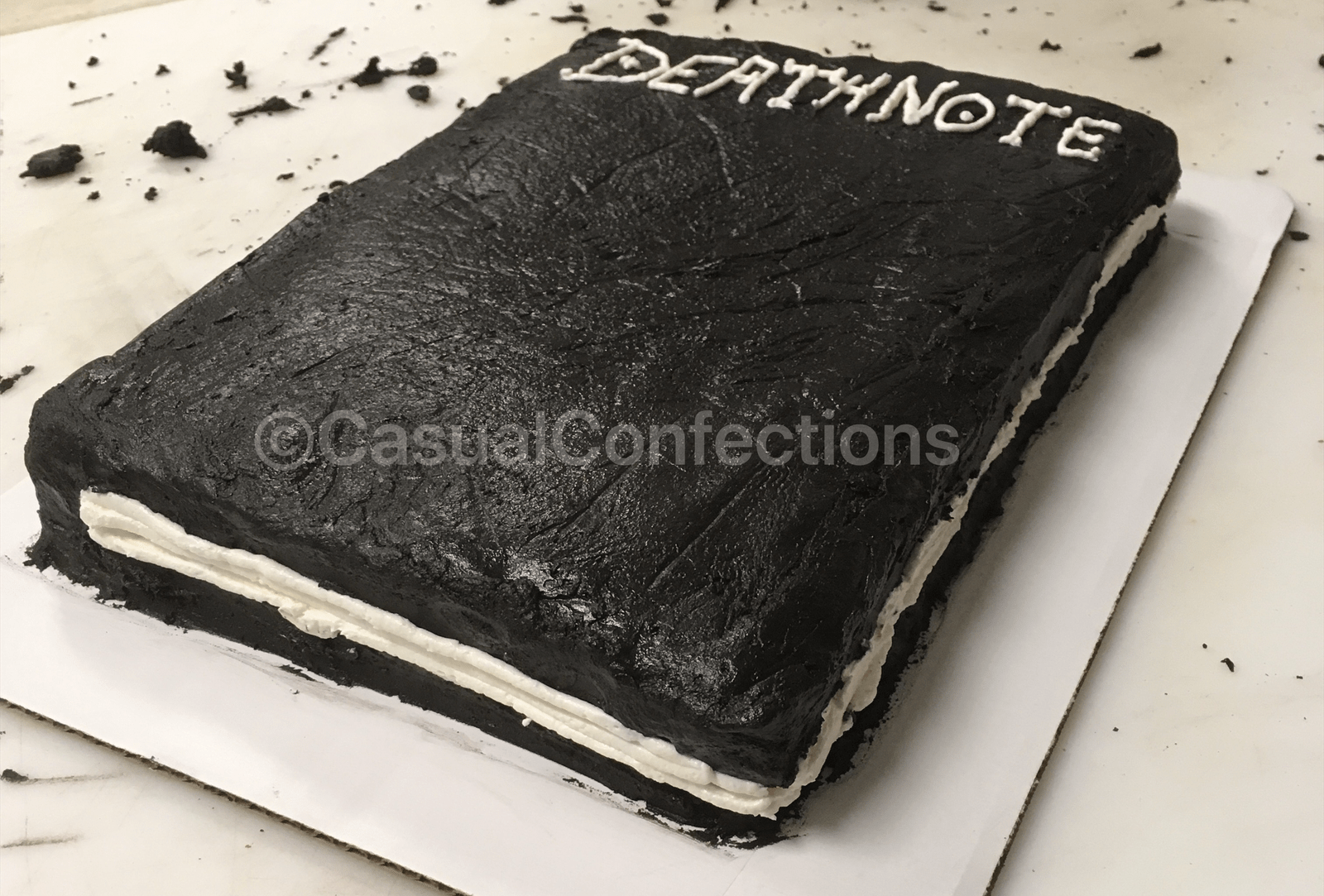 Death Note cake side view