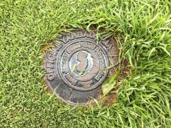 Official NJGA yardage marker.