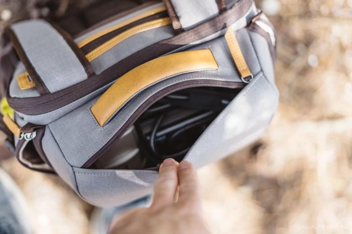 moshi camera bag-3