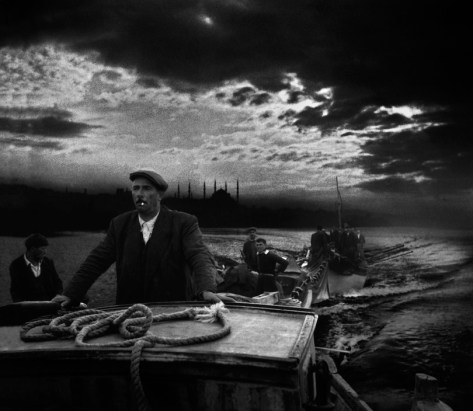 TURKEY. 1950. Kumkapi fishermen returning to port in the first light of dawn. Ara Güler / Magnum Photos