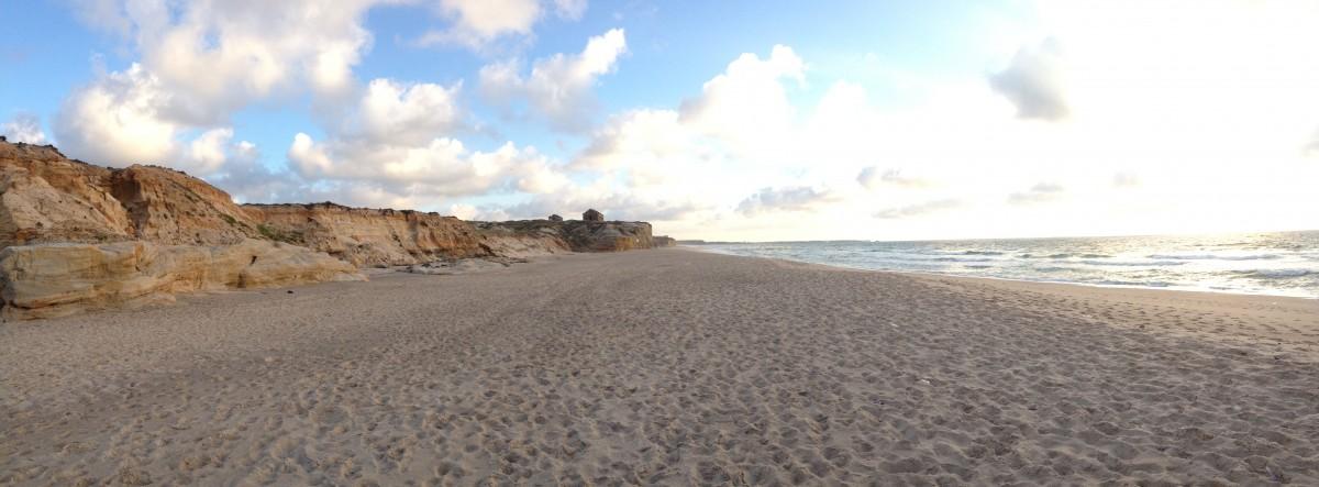 beaches photo essay casual travelers beach by the praia d el rey marriott golf beach resort in obidos