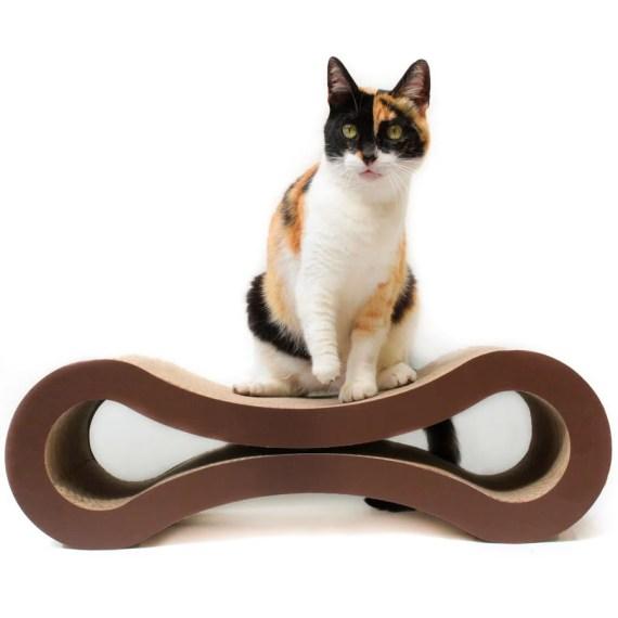 rascador para gatos de carton con catnip en miraflores surco lima peru