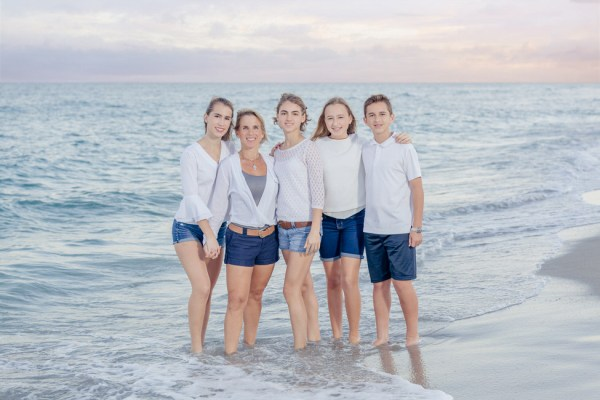 Beach family photo session Boca Raton