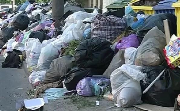 Bacăul, pe marginea gropii de gunoi