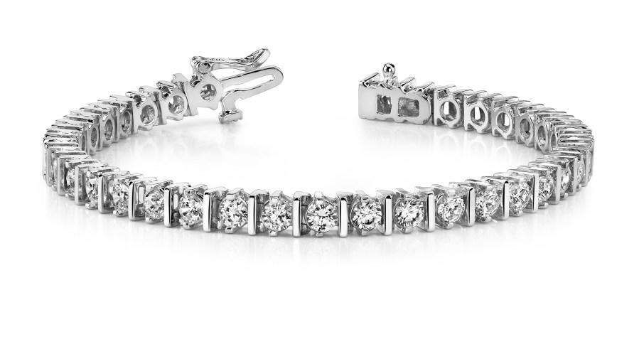 B153 Bar and Diamond Bracelet
