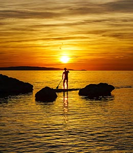 Homme stand up paddle