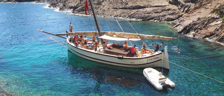 cadaques alquiler barcos