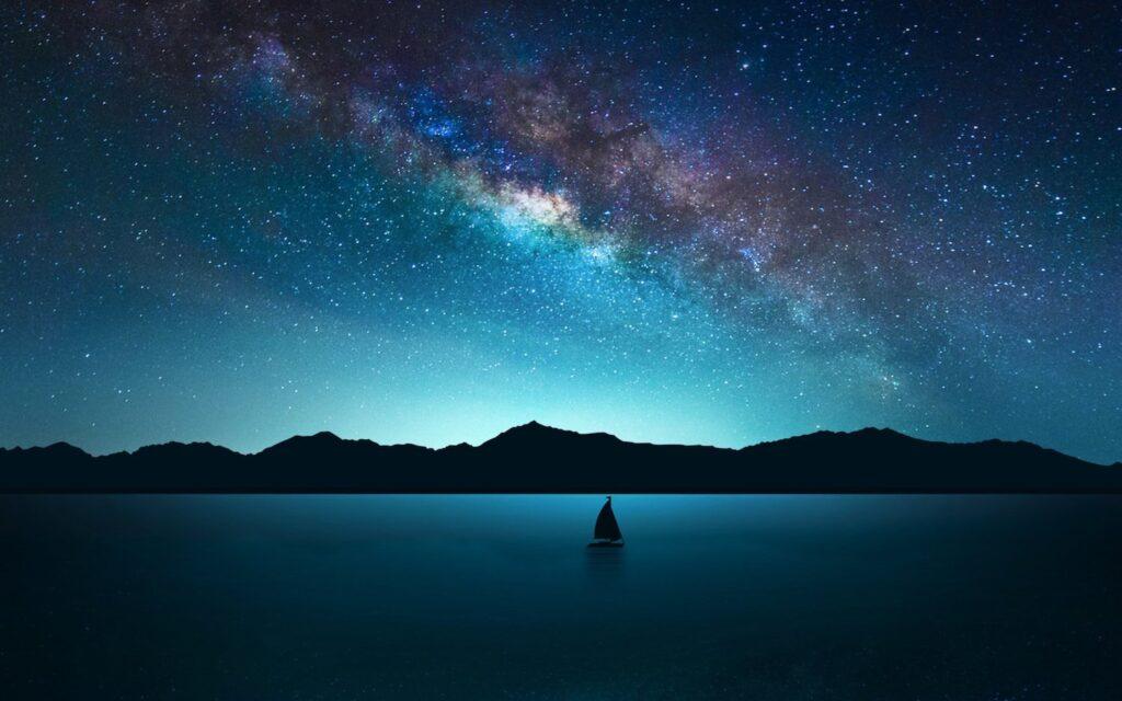 Las Perseidas desde el mar. Observa la lluvia de estrellas