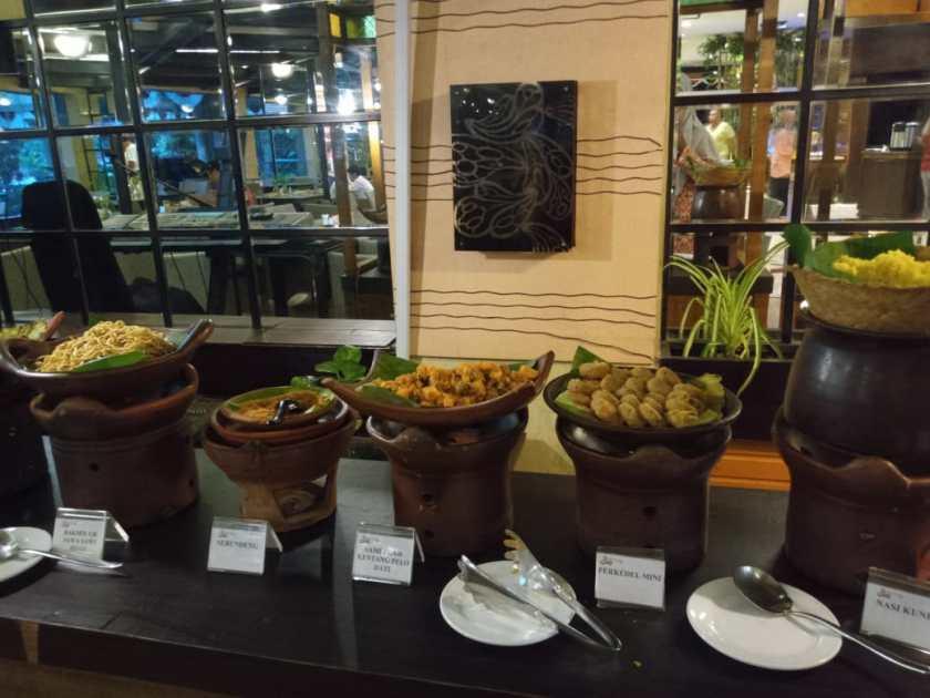 menu sarapan regents park hotel