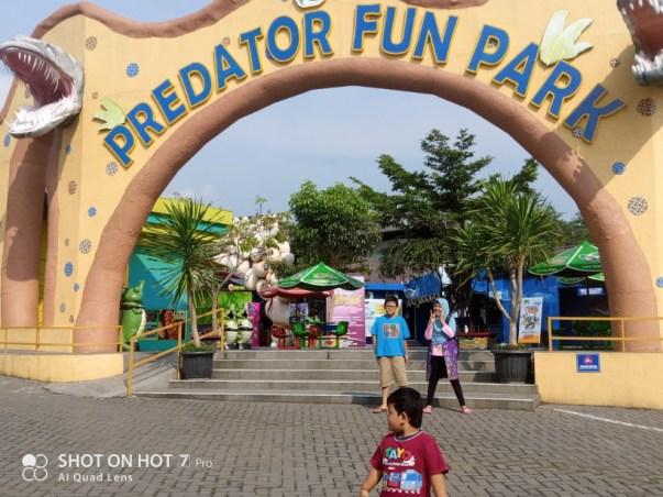 gerbang predator fun park