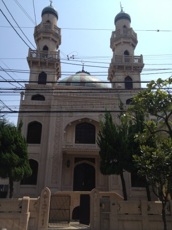 Masjid Kobe tampak depan