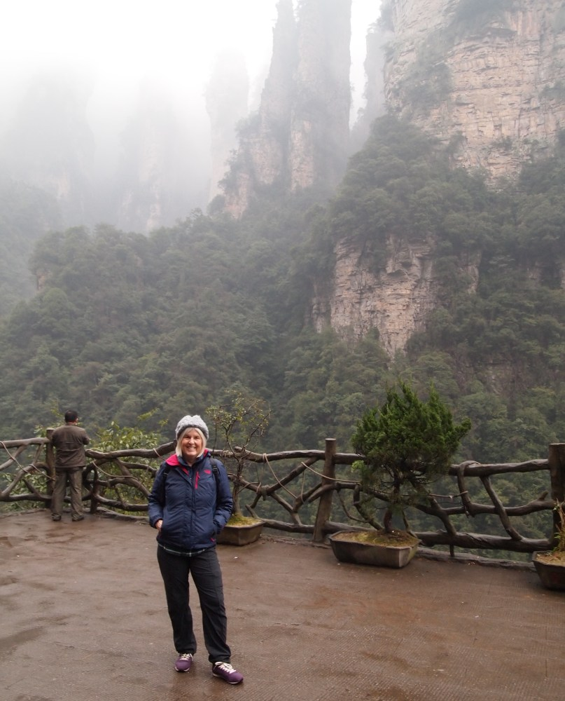 to the heights of zhangjiajie by way of the bailong elevator (1/6)