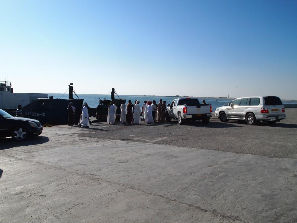 where utter chaos reigns: the masirah island ferry dock (5/6)