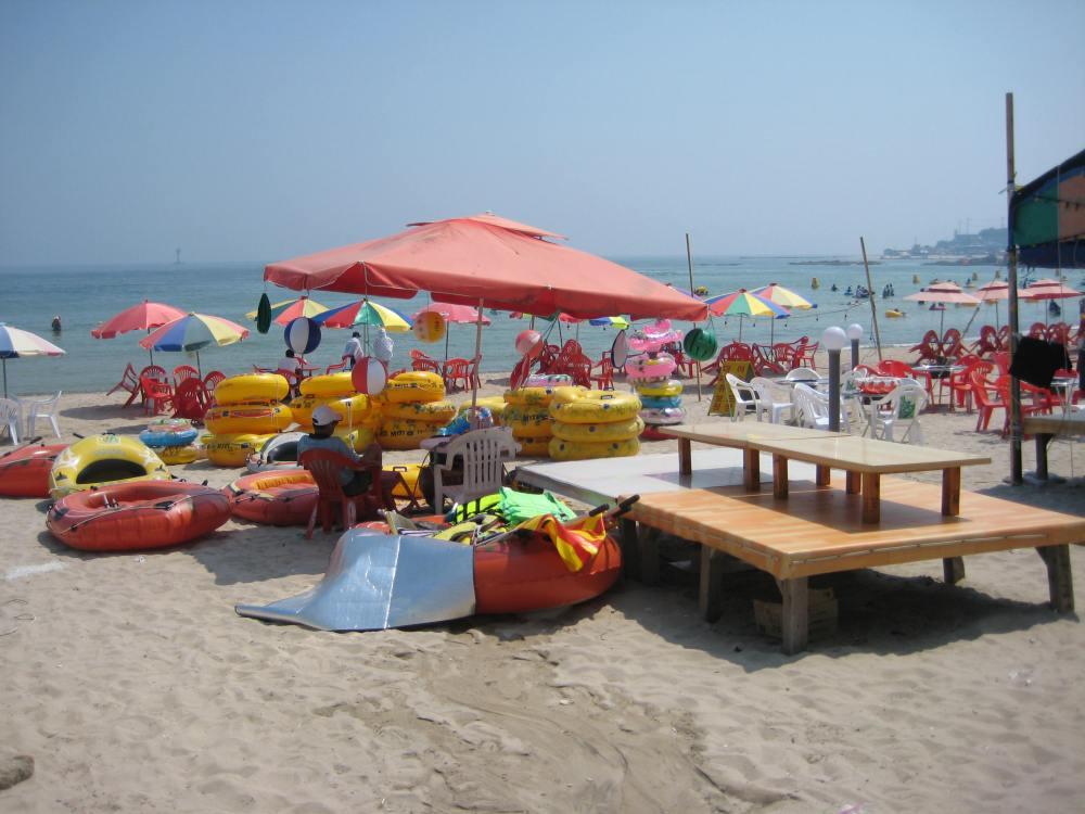 travel theme: beaches (2/6)