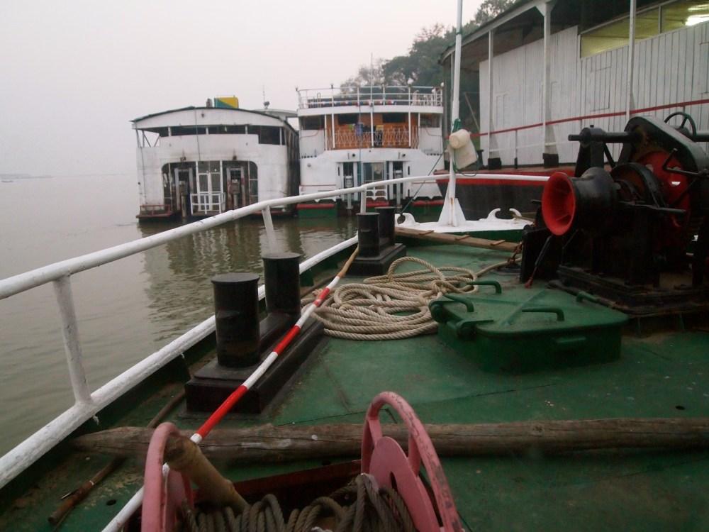 a slow cruise down the ayeyarwady river from mandalay to bagan (1/6)