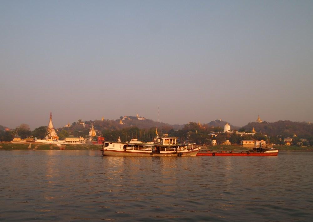 a slow cruise down the ayeyarwady river from mandalay to bagan (5/6)