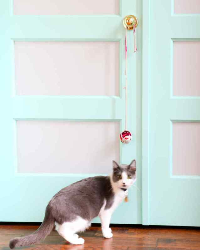 homemade cat toys knotted ball cat toy