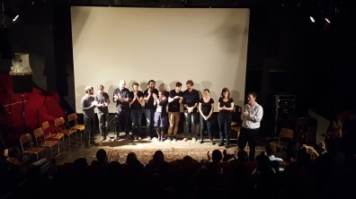 Random claps, propagating through a chain of improvisers.